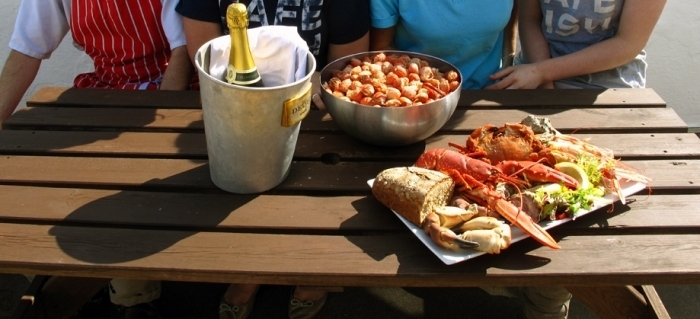 Cafe Fish Opening Hours Reviews Location Seafood
